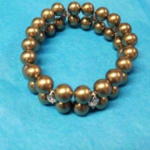 Stretch pearls bracelet